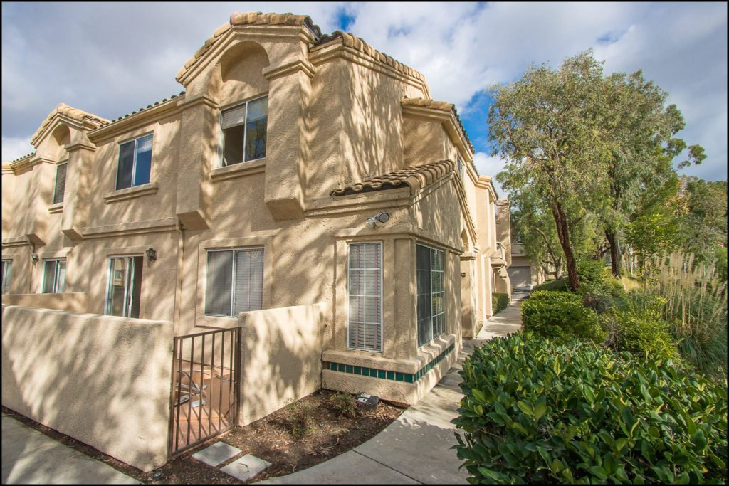 25432 Claveles, Lake Forest